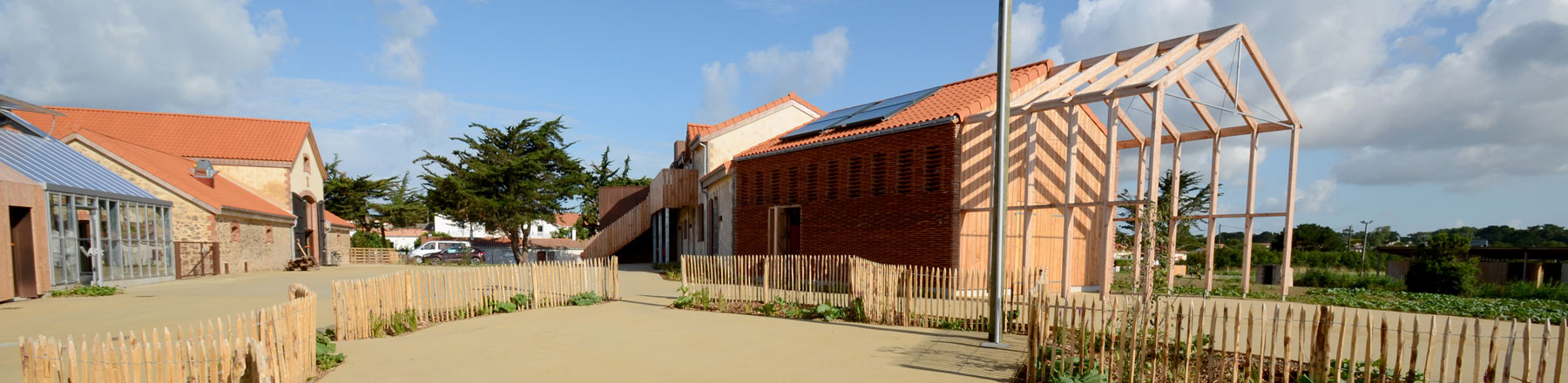 Architecture moderne et traditionnel