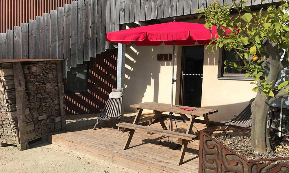 Terrasse en bois du studio